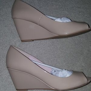 CL laundry open toe wedges (NEW)